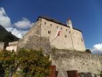 Schloss Tirol bei Dorf Tirol in Südtirol